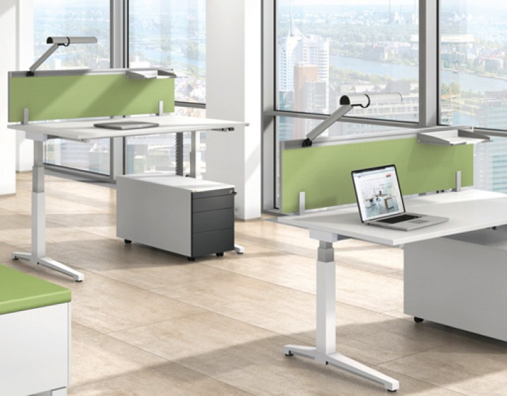 Schreibtisch System Assmann Canvaro Paperohde Büroeinrichtungen