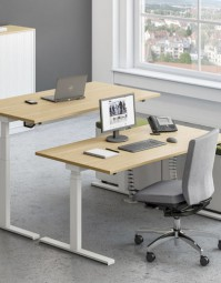 ASSMANN Büromöbel - Sympas Schreibtischsystem